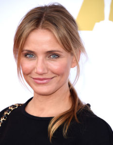 The Academy Hosts Hollywood Costume Luncheon, scheiding in haar