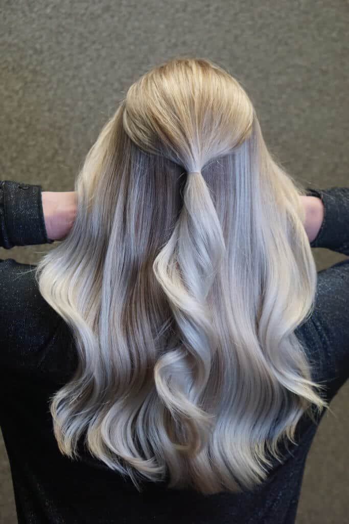 haar verven, haar kleuren, haar blonderen, blond haar verven, zwart haar verven